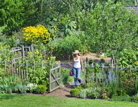 Living Gardens by Pennsylvania Garden