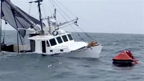 fishing boat sinks raw video scallop boat sinks in 60 seconds off cape may