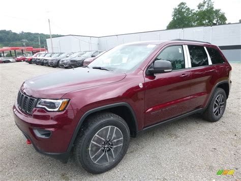 jeep grand cherokee limited 2017 red 2017 velvet red pearl jeep grand cherokee trailhawk 4x4
