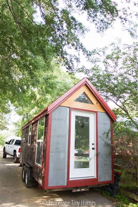 tiny houses in florida tiny happy homes delivers bumbleshack tiny house to fl