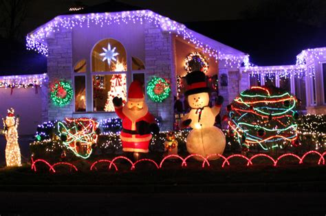 sauganash christmas lights here s a map of the northwest side s fantastic displays sauganash chicago dnainfo