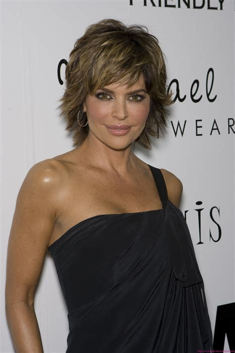 wild and glamorous hairstyles inspired by lisa rinna lisa rinna hairstyles fade haircut