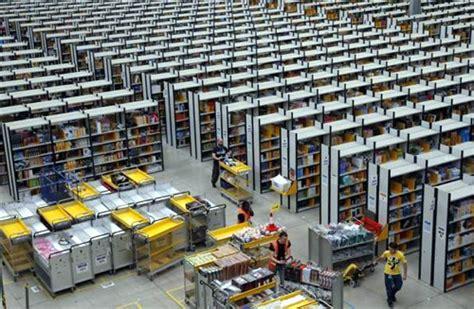 amazon logistics a tour of amazon s logistics centre rediff com business