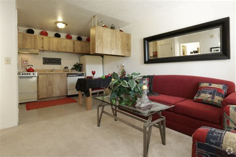 one bedroom apartments tucson az one bedroom apartments tucson green leaf at broadway