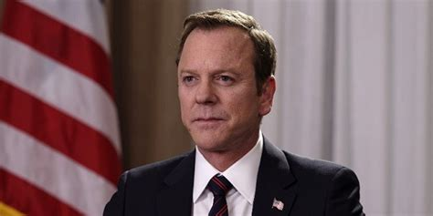designated survivor kiefer sutherland glasses designated survivor just hit a new ratings record here s