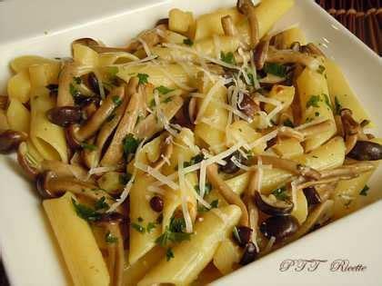 come cucinare i chiodini freschi ricette con funghi chiodini freschi