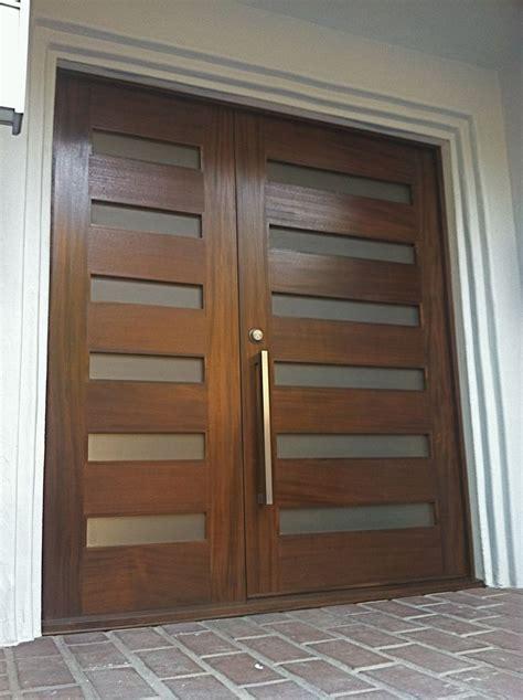 Front Door Handles Modern Best 25 Entry Doors Ideas On Exterior Door Trim Exterior Doors And Stained Front Door
