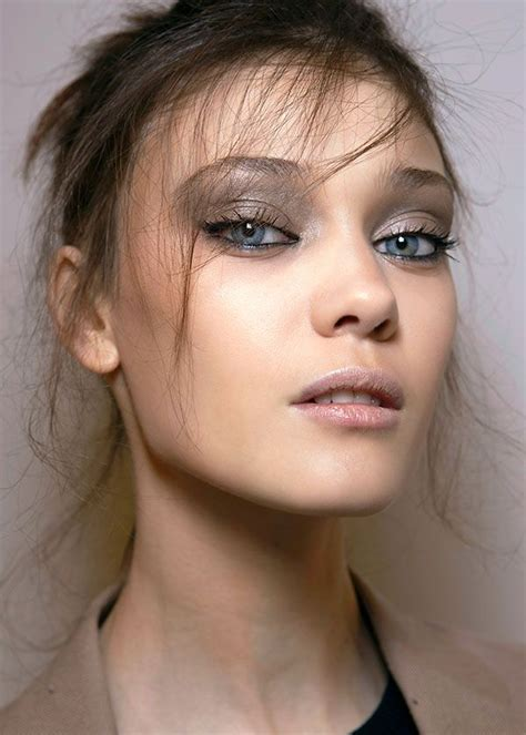 Fall Makeup Trends Gray Shadow 3 by 3 Fall Trends To Try Irene Guin