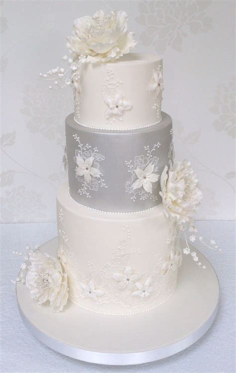 Robin 3 Tier Piped Wedding 17 Best Images About Brush Embroidery On Lace
