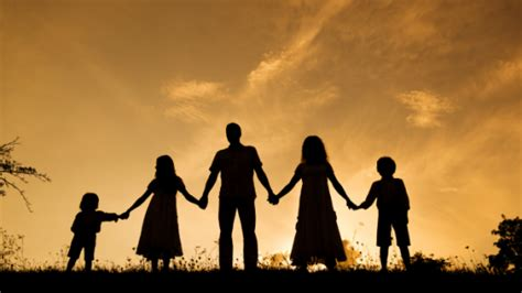imagenes cristianas de la familia unida el equilibrio en la familia temas y devocionales cristianos