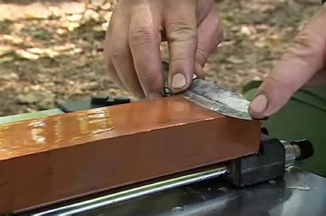 wetstone sharpening whetstone knife sharpening recoil offgrid