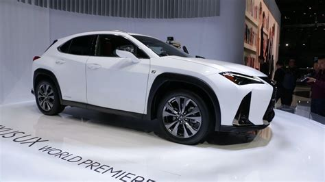 lexus guagua 2019 lexus ux is meant to live in the city roadshow