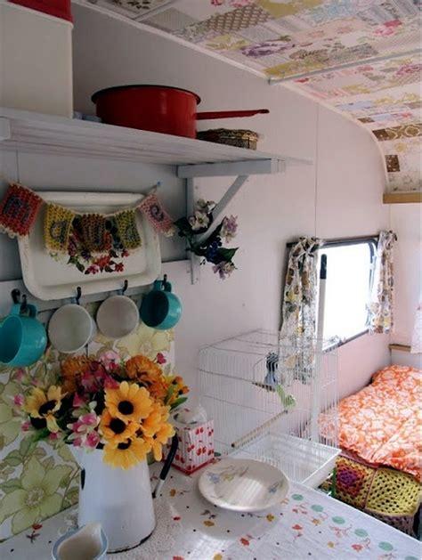 caravan decoration set  caravan   retro touch