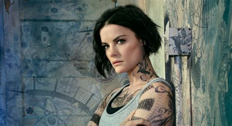 tattoo woman new tv show jaimie alexander broke her nose while filming blindspot