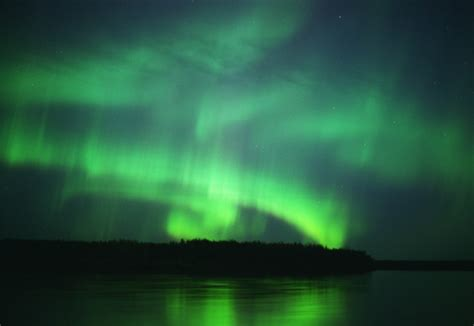 northern lights in alaska in august yukon river