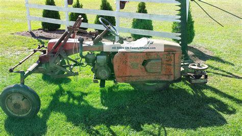 1953 david bradley tri trac garden tractor plus 4 implements