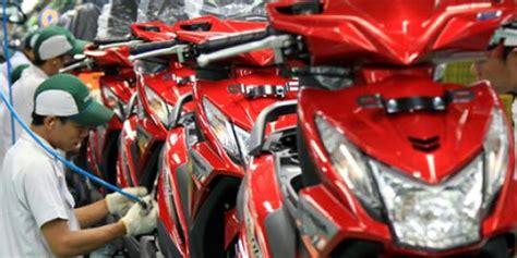 Scoopy 2013 Raharja Motor Makassar honda produksi skutik dalam hitungan detik merdeka
