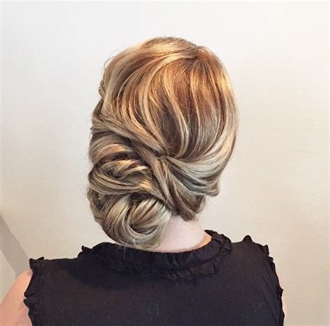 Wedding Hairstyles Side Chignon by 25 Best Ideas About Side Swept Updo On Easy