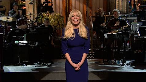 watch monologue lindsay lohan on returning to host snl
