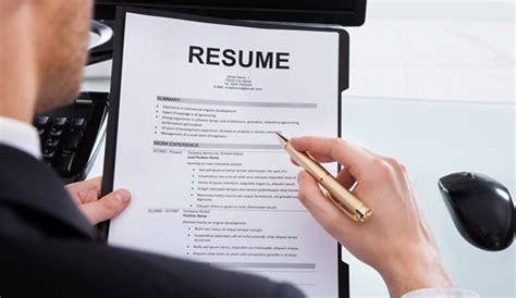 E Resume Review Service by Nwa Dealpiggy Resume Review Package Or Custom Resume