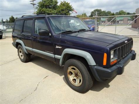 Used Jeeps For Sale In Michigan Sell Used 2002 Jeep V6 4 0 Liter In Livonia