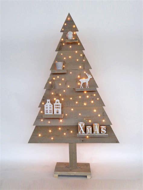 Kerstboom Hout Maken by Kerstboom Steigerhout Dicht Houten Met Led Verlichting 170 Cm