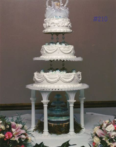 Cake Tier Cake Fontain Plastik Putih 1000 images about projects to try on fashions blue wedding bouquets and 3