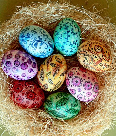 decorate easter eggs 20 of the most amazing easter egg decoration ideas