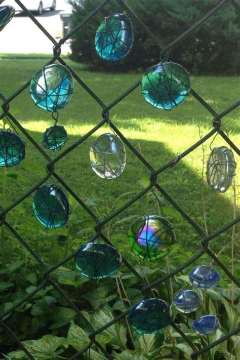 decor links 10 ways to make your fence beautiful homeyou