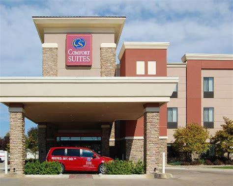 comfort inn and suites manhattan ks comfort suites manhattan ks hotel reviews tripadvisor