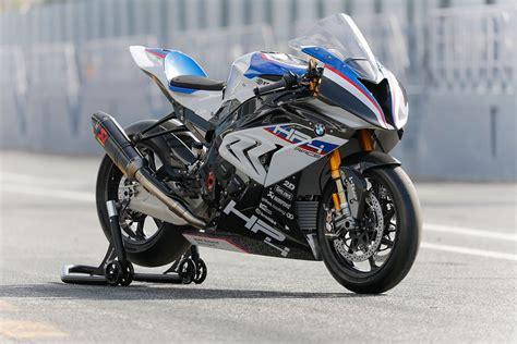 Majalah F1 Racing Indonesia 15 spesifikasi motor bmw yang dijual sangat fantastis di