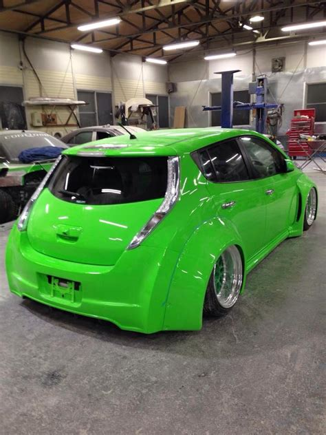 slammed nissan leaf japanese girls explain bosozoku leaf with lambo doors and