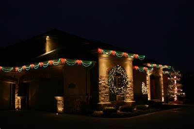 christmas led swag lights with bows 3d led bow swag artisticks 174 roofline d 233 cor holidynamics lighting solutions