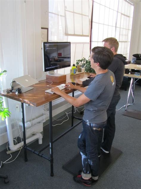 Make A Standing Desk by Ergonomic Desk Plans Woodworking Projects Plans