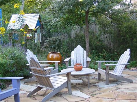 Laying A Flagstone Patio by How To Lay A Flagstone Patio For Outdoor Living Space