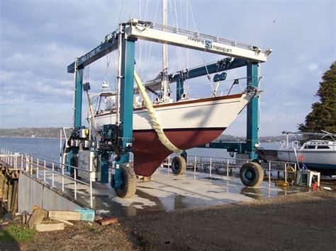 boat yard equipment p e luke full service boatyard - Boats Yard