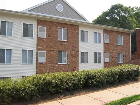 three bedroom apartments in dc large 2 or 3 bedroom apts near suitland pkwy dc 1728 w