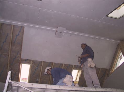 Diy Drywall Ceiling by Cutting Folding Drywall Do It Yourself Surftalk
