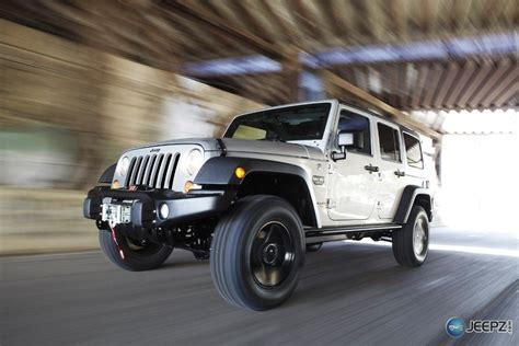 call of duty jeep white wrangler call of duty modern warfare 3 edition