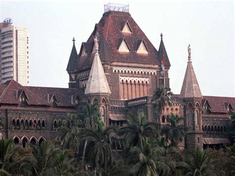 benches of bombay high court lawyers file plea in bombay hc challenging ban on rs 500