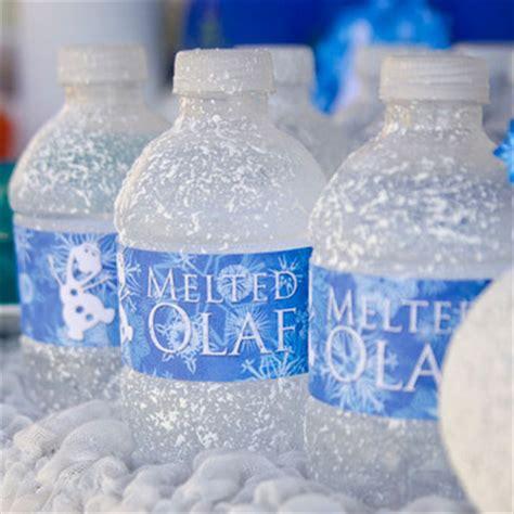 frozen diy crafts diy frozen inspired melted olaf water bottles allfreeholidaycrafts