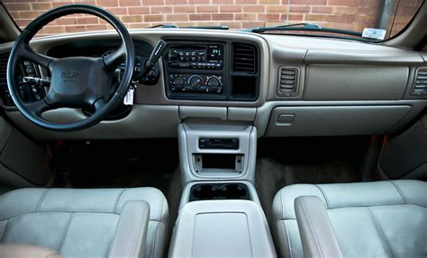 how it works cars 2002 chevrolet tahoe auto manual 2002 chevrolet tahoe information and photos momentcar