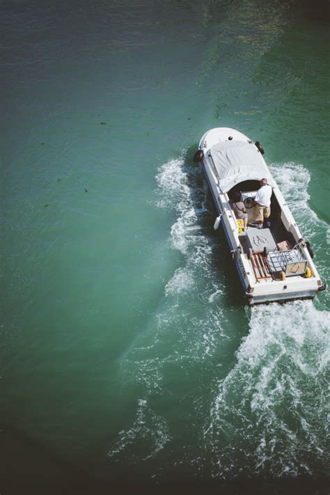 speed boat venice speed boat in venice italy entouriste