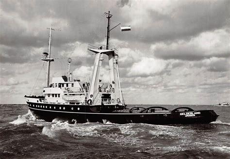 sleepboot ijmuiden ijmuiden oceangoing motor tug gelderland n v bureau