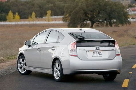 2010 Toyota Pruis 2010 Toyota Prius Overview Cars
