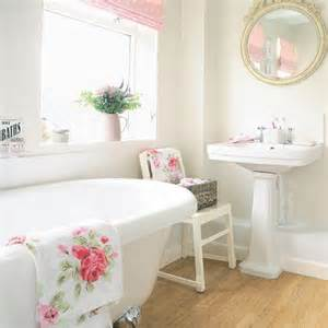 simple cottage bathroom cottage decor ideas pinterest