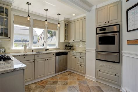 French Country Kitchen Backsplash by Here Are Some Tips About Kitchen Remodel Ideas Midcityeast