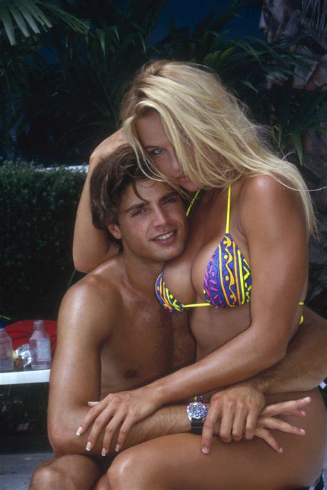actress from baywatch in the 90s pamela anderson baywatch bing images baywatch