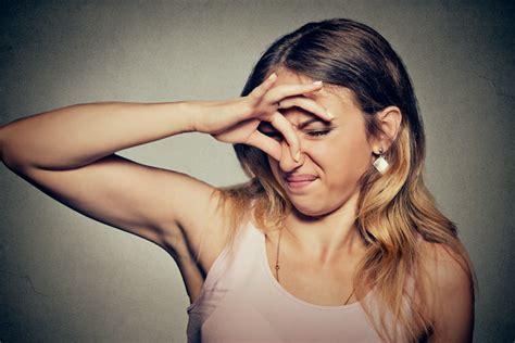 Was Tun Gegen Geruch Im Kühlschrank by Hilfe Was Hilft Wirklich Gegen Schwei 223 Geruch