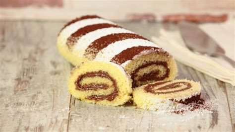 decorare rotolo dolce rotolo alla nutella la ricetta facile tuttogreen